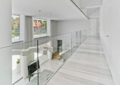 Santa Apolonia interior